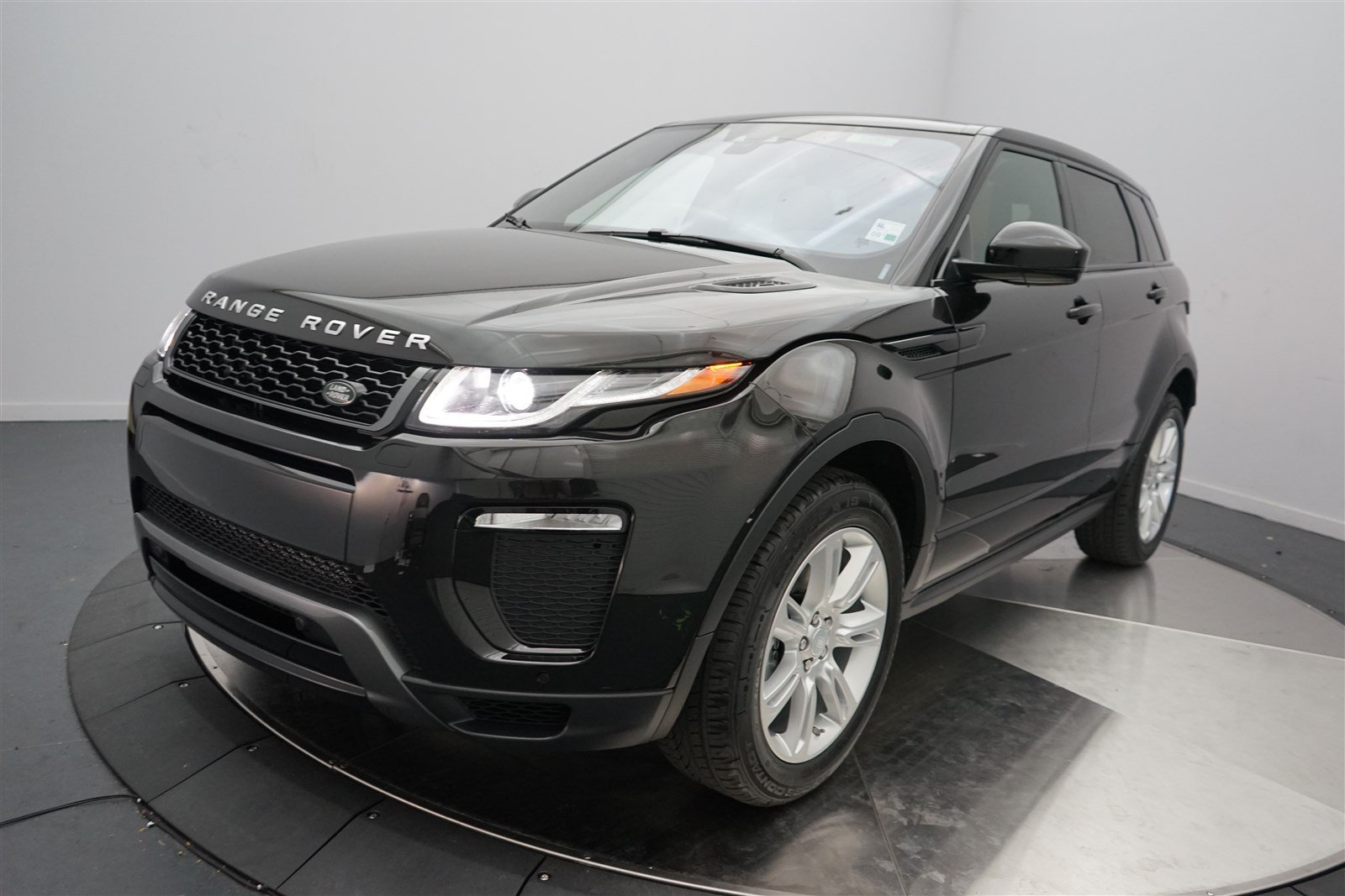 new 2017 land rover range rover evoque hse dynamic 4 door suv in shreveport 5558 land rover. Black Bedroom Furniture Sets. Home Design Ideas